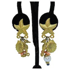 Fun Vintage Figural Sea Side Charm Pierce Earrings
