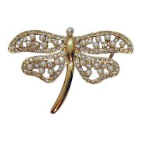 Gorgeous Figural Fire Fly Vintage Faux Pearl Diamond Golden Brooch