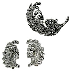 Feminine Vintage Signed West Germany Aluminum Deco Flair Palm Leaf Brooch Clip Earrings Set