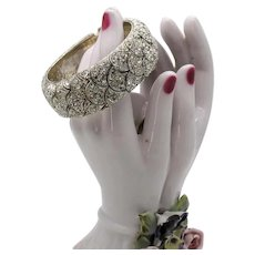 Bold Vintage Pava Rhinestone Sparkling Fan Design Hinged Clamper Bangle Bracelet 92 Grams! FREE SHIPPING