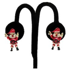Adorable Christmas Vintage Enameled Metal Santa Claus Clip Earrings