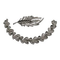 Signed Crown Trifari Vintage Silvery Free Form Naturalistic Brooch Bracelet Set FREE SHIPPING