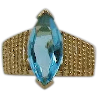 Gorgeous Costume Jewelry 8 Carat Simulated Blue Topaz Navette Pyramid Ring FREE SHIPPING UNWORN