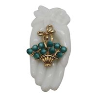 Unsigned Coro Vintage Green Moonstone Lucite Stone Golden Basket Brooch FREE SHIPPING