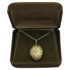 Gorgeous Vintage Signed Carla 14K Gold Filled Diamond Etched Locket Pendant Necklace FREE SHIPPING Original Box