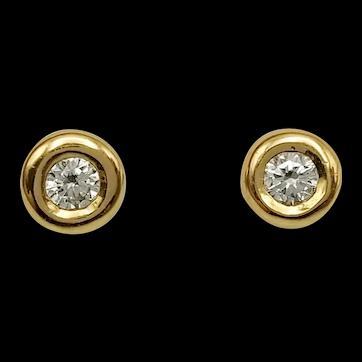 Earrings with Brilliant Cut Diamonds in 18k Gold  / Stud Earrings / Small Earrings