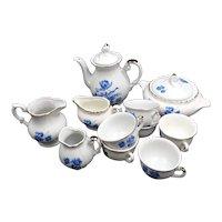 Modern porcelain doll tea set - Blue flowers pattern : 6 cups - milk jug - cream jug - teapot - a small jug and a  tureen