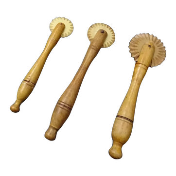 Set of three pastry cutters of pies, French items, circa 1880 bone and boxwood