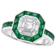 Kahn 18 Karat Illusion ASSCHER White Diamond 18k Ring with Emerald Halo