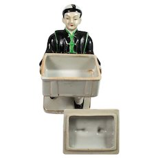 Porcelain Chinese man Box made in Japan