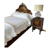 1920's - 1930's Beautiful Bedroom Suite - Complete Full Bed, Dresser /Mirror and Nightstand