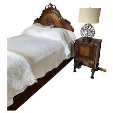 1920's - 1930's Beautiful Bedroom Suite - Complete Full Bed, Dresser /Mirror and Nightstand