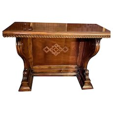 Late 17th, early 18th century heavily carved Italian Console Table