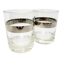 Double-rocks glasses with platinum band containing USA symbols