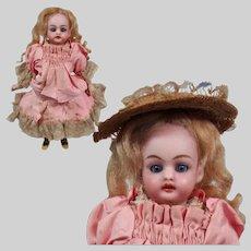 Petite Simon & Halbig All-original Doll in Etrennes Presentation Box