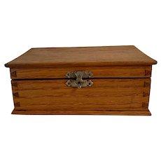 Small Vintage Oak Lidded Box