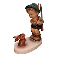 Sensitive Hunter Hummel figurine