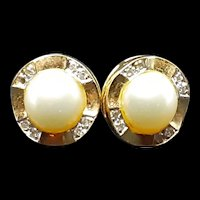 Vintage 14K Yellow Gold Earrings with Cultured Pearls & White Sapphire Gemstones c.1975 (2.5g)