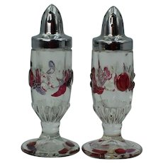 Westmoreland Salt And Pepper Shakers Della Robbia Pattern