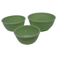 Anchor Hocking Fire King Jadeite Swirl Three Piece Mixing Bowls