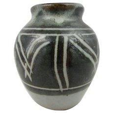 Winchcombe studio pottery posy vase. Olive green vase with geometric pattern