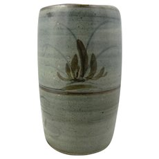 Studio pottery vase by David Leach at Lowerdown pottery.