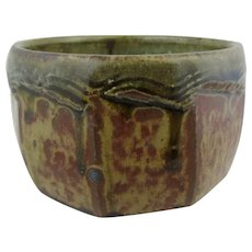 Studio pottery bowl. Ash glazed faceted bowl by Mike Dodd