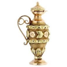 A Georgian Two-colour Gold Spanish Ewer Charm