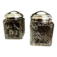 Art Decò French Pair Of Cut And Ground Crystal Toilet Jars 1910