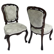 Pair of Quality Antique 19th Century Victorian Walnut Carved Side/Hall Chairs