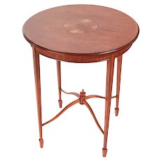 Elegant Inlaid Edwardian Satinwood Round Antique Occasional Table