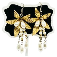Sassy Imitation Pearl Earrings with Gold-tone Leaves