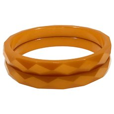 Bakelite Faceted Butterscotch Pair of Bangle Bracelets