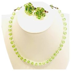 1940s Gorgeous Glass Apple Green Necklace and Earrings