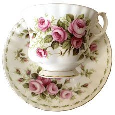 Royal Albert Bone China Tea Cup & Saucer - Flower Of The Month - June - Roses