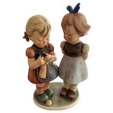 Goebel Hummel Figurine - Knitting Lesson # 256 - TMK- 5