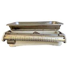 Vintage Stube Kitchen Scale