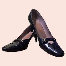 1950s David Evins for I. Magnin & Co. Black Alligator-Embossed Leather Pumps Vintage Narrow Heels Low-Heeled Shoes 6N