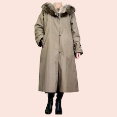 1970s Bonnie Cashin Weatherwear for Russel Taylor Fur Collar Lined Overcoat