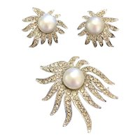 Celebrity NY Faux Pearl & Rhinestone Brooch & Clip-on Earrings