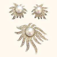 Celebrity NY Faux Pearl & Rhinestone Brooch & Clip-on Earrings