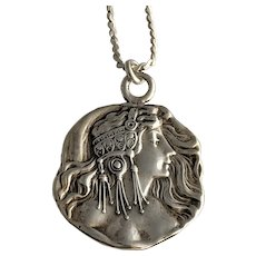 Vintage Solid Sterling Silver Lady Silhouette Cameo Pendant Necklace