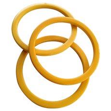 Vintage Yellow Bakelite Bangle Bracelet Set
