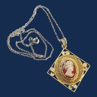 800 Sterling Silver Carved Shell Cameo Pendant Necklace