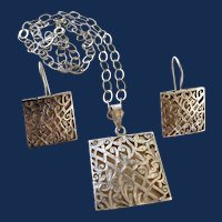 925 Sterling Silver Filagree Square Pendant Necklace And Earrings Set