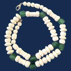 Sponge Coral Green Sea Glass Beaded Necklace