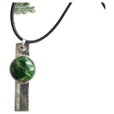 Pendant silver with green opal oval