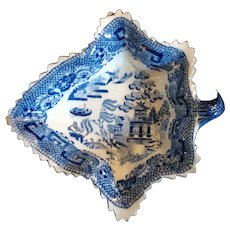 19th C. Staffordshire Leaf-shaped Willow Pattern Pickle Dish