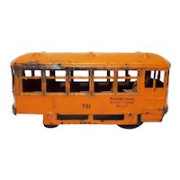 Old Kingsbury Toys Pressed Steel #781 Wind Up Streetcar Trolley Toy -WORKS-