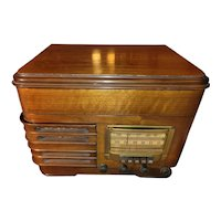 1941 Sears Silvertone Radio/Record Player Works!